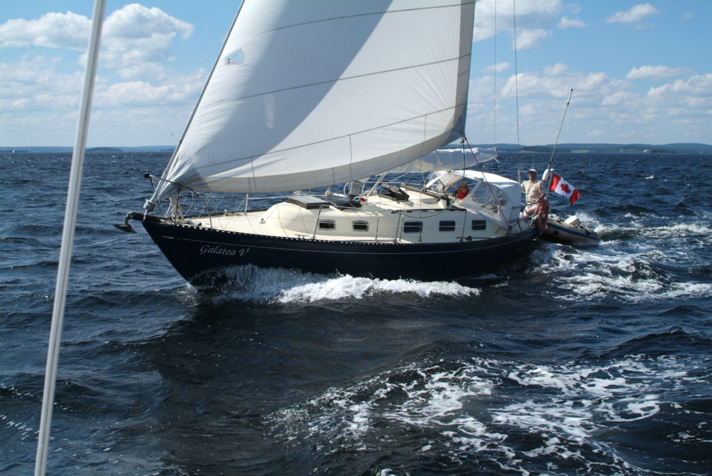 galatea-v-under-sail